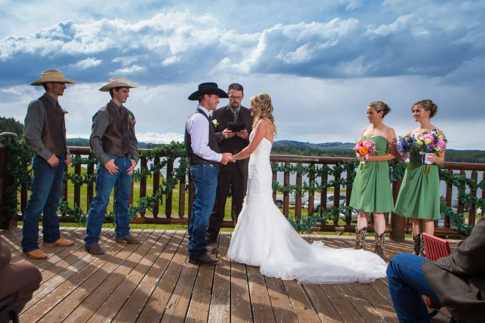 wedding at Meadowlark ski lodge